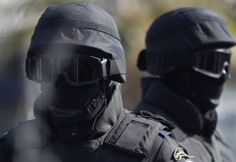 Ένας αστυνομικός νεκρός και δύο τραυματίες σε επίθεση στην Αίγυπτο