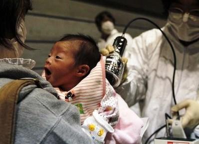 """Ιαπωνία: το τσουνάμι """"παρέσυρε"""" και τον ψυχισμό των μικρών παιδιών"""