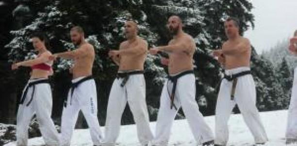 Τρίκαλα: Ασκήσεις επιβίωσης στο χιονισμένο Περτούλι!