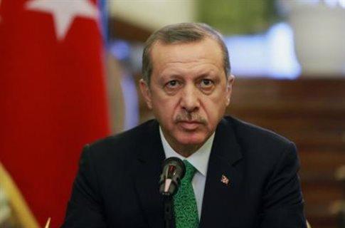Φιμώνει τους πανεπιστημιακούς ο Ερντογάν με χουντικό κανονισμό