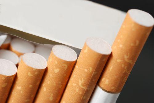 Οι κλέφτες έφυγαν με τα τσιγάρα της χρονιάς στην Καλαμπάκα