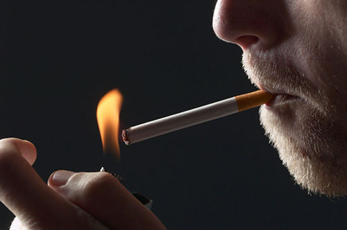 Φωτιές ανάβει ο αντικαπνιστικός
