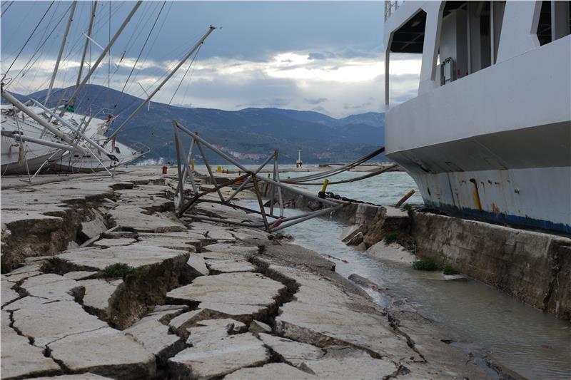 Mέτρα για τους σεισμόπληκτους της Κεφαλονιάς ανακοίνωσε η κυβέρνηση