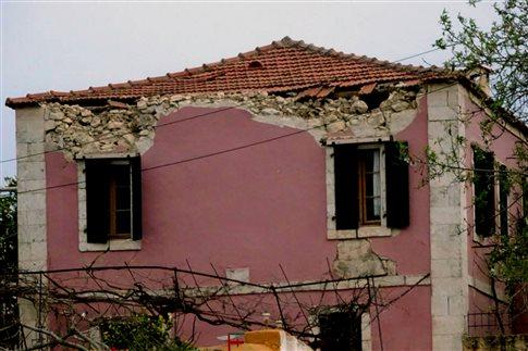 Αιχμές για τους σεισμολόγους σε ανακοίνωση του Δήμου Κεφαλονιάς