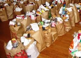 Διανομή τροφίμων στο Ριζόμυλο