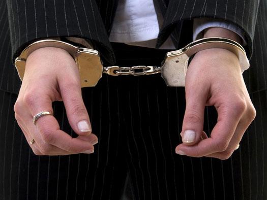Συνελήφθη 30χρονη φυγόποινη στη Λάρισα