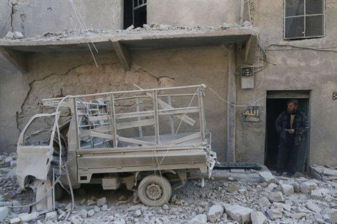 Στο τραπέζι επιστρέφουν συριακή κυβέρνηση και αντιπολίτευση