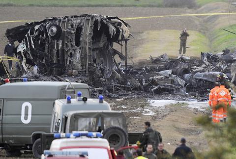 Ενας επιζών από το αεροπορικό δυστύχημα στην Αλγερία
