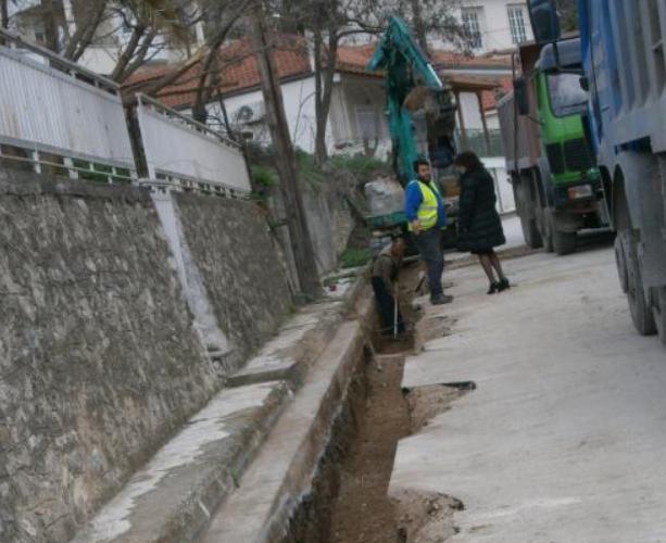 Αντικατάσταση δικτύου ύδρευσης στο Βελεστίνο