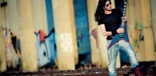 Πρώτος σε διεθνή διαγωνισμό κιθάρας βγήκε Τρικαλινός