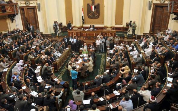 Παραιτήθηκε η κυβέρνηση στην Αίγυπτο