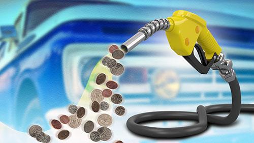 «Τσιμπάει» η τιμή των καυσίμων