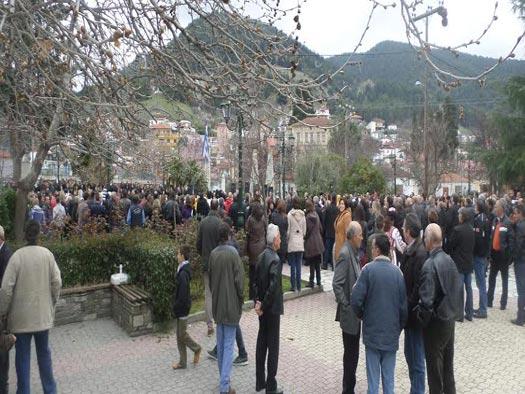 Απετράπη επίσκεψη της Χ.Α. στην Τσαριτσάνη- Άμεση και δυναμική η κινητοποίηση των κατοίκων