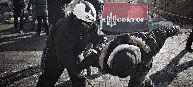 Οι Ουκρανοί απαντούν στη Μπερκούτ των Ρώσων, με Εθνοφρουρά από ναζί: Τη στελεχώνει ο «Δεξιός Τομέας»