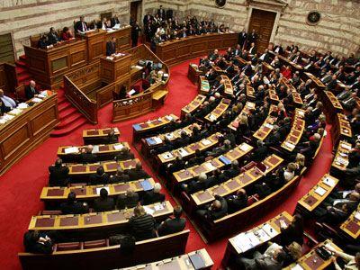 Κατατέθηκαν τροπολογίες για τον νέο μεταναστευτικό κώδικα
