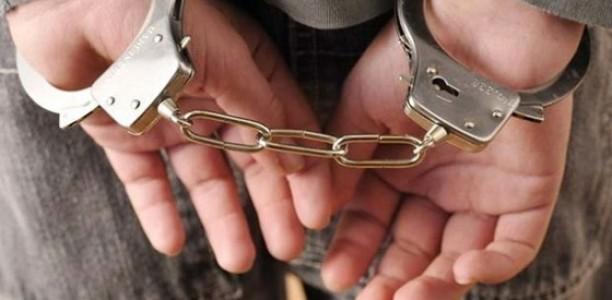 Σύλληψη 45χρονου για ναρκωτικά και οπλοφορία στη Λάρισα
