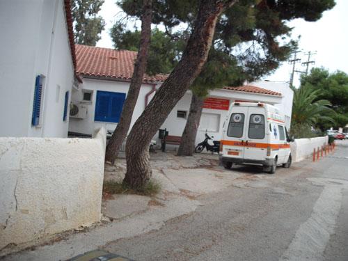 Ασθενοφόρο χωρίς οδηγό... Στο Κέντρο Υγείας Σκιάθου