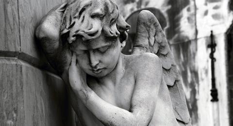 Το 2012 «μας πέθανε» - μεγάλη αύξηση θανάτων