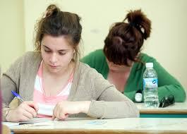 Καθυστέρηση στην προετοιμασία των πανελληνίων εξετάσεων