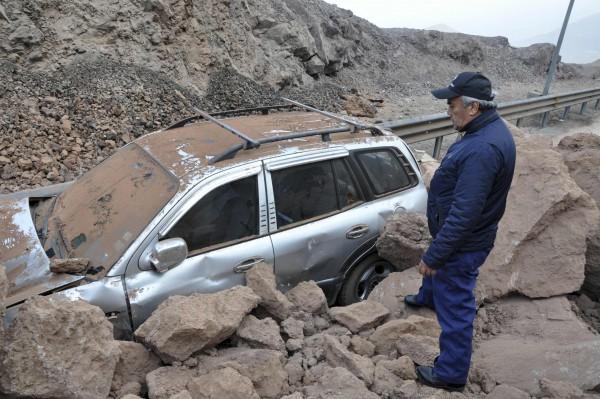 Δεν σταματάει να τρέμει η γη στη Χιλή -Μετασεισμός μεγέθους 7,8 Ρίχτερ [εικόνες & βίντεο]