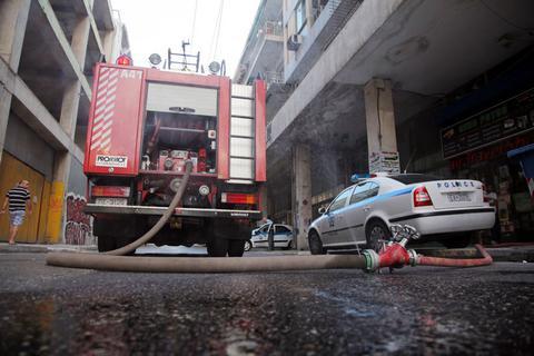 Φωτιά σε διαμέρισμα στο Νέο Κόσμο - Απεγκλωβίστηκαν 10 άτομα