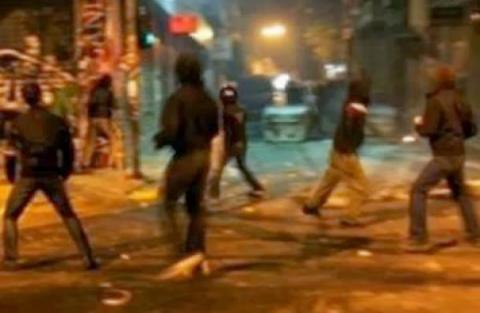 Εκτεταμένα επεισόδια στην Πάτρα με δακρυγόνα και μολότοφ