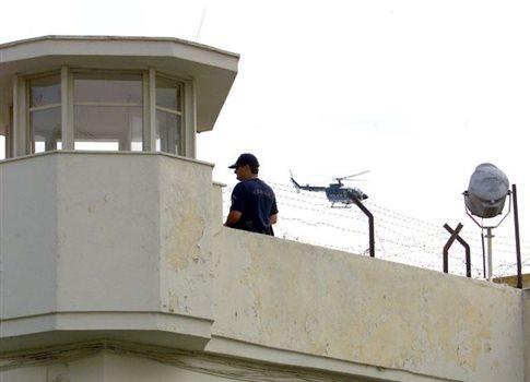 Απόπειρα δολοφονίας σωφρονιστικού υπαλλήλου στις φυλακές Τρικάλων