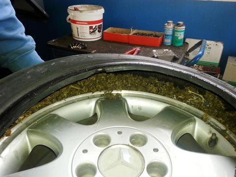 Σε ρεζέρβα αυτοκινήτου είχαν κρύψει 4 κιλά κάνναβης