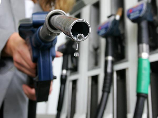 Βενζίνη-φωτιά για εκδρομείς