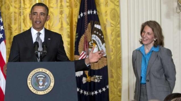 Ελληνοαμερικανίδα ανέλαβε τα ηνία του Υπ. Υγείας των ΗΠΑ