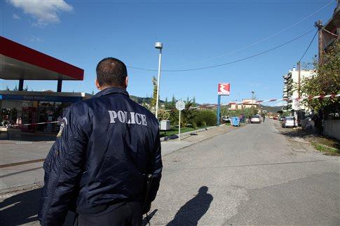 Συνελήφθη αστυνομικός διευθυντής που εργαζόταν ως σεκιούριτι σε κανάλι