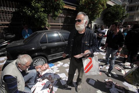 Προπηλακισμό καταγγέλλουν συνεργάτες της Ρένας Δούρου