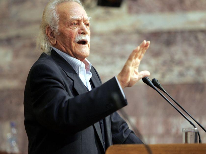 Κόντρα κυβέρνησης-ΣΥΡΙΖΑ για ευρώ και δημοψήφισμα