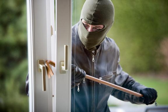 Συνελήφθη 40χρονος για κλοπή από οικία στη Λάρισα