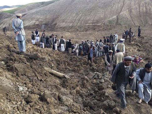 Δραματικές στιγμές στο Αφγανιστάν, χιλιάδες οι νεκροί από την κατολίσθηση