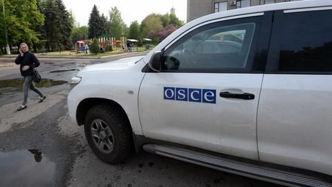 Ελεύθεροι οι 12 παρατηρητές του ΟΑΣΕ