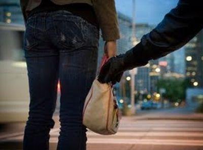 Αρπαγή τσάντας στις φοιτητικές εκλογές