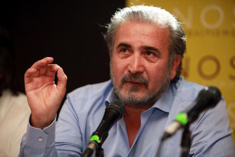Ματαιώνεται παράσταση με πρωταγωνιστή τον Λαζόπουλο για λόγους υγείας