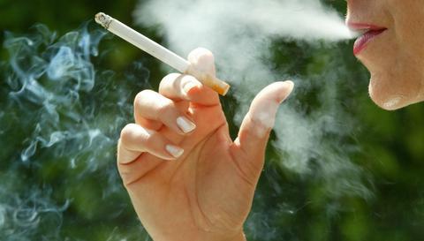 Μελβούρνη: Απαγόρευση καπνίσματος σε δρόμους και πεζοδρόμια