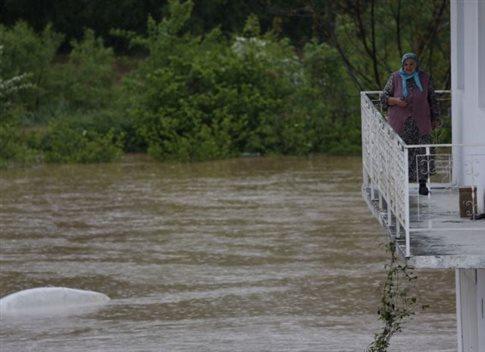 Πλημμύρες στα Βαλκάνια, μία νεκρή στη Σερβία
