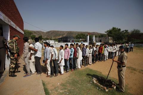 Ινδία: Ξεκίνησε η καταμέτρηση των ψηφοδελτίων για τις εθνικές εκλογές