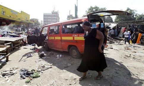 Διπλή έκρηξη στην καρδιά του Ναϊρόμπι με τουλάχιστον 10 νεκρούς