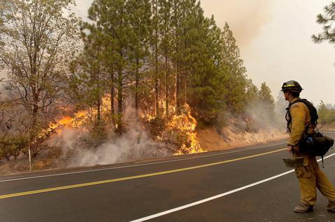 ΗΠΑ: Υπό έλεγχο αρκετές εστίες των πυρκαγιών στην Καλιφόρνια