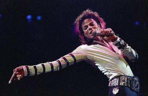 Η «ζωντανή εμφάνιση» του Μάικλ Τζάκσον στα βραβεία Μπίλμπορντ