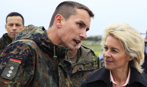 Οι Γερμανοί λένε όχι στην εμπλοκή στρατευμάτων τους σε «ξένες υποθέσεις»