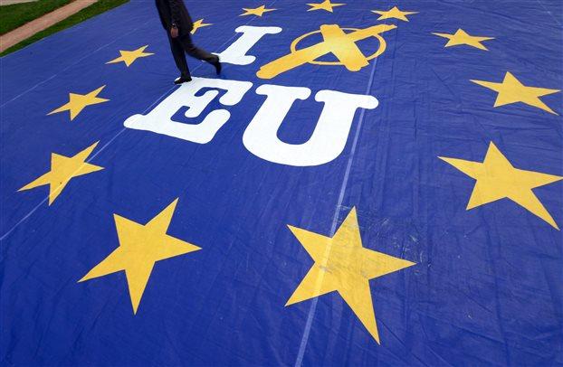 Την Κυριακή στις 23:00 η πρώτη κατανομή εδρών της Ευρωβουλής