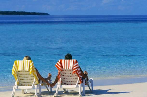 «Διακοπές σε τιμές ευκαιρίας στην Ελλάδα» –Η Mirror εκθειάζει Χαλκιδική, Κω, Ρόδο, Κρήτη και Κέρκυρα