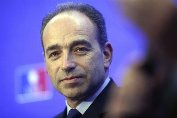 Ο γαλλικός Tύπος σχολιάζει την αποχώρηση του αρχηγού του UMP