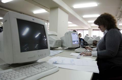 Προσλήψεις 77 υπαλλήλων στο Υπουργείο Αγροτικής Ανάπτυξης