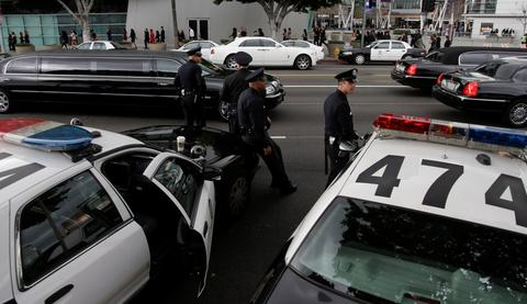 Τραγωδία στο Μπρούκλιν: Αγνωστος μαχαίρωσε δύο παιδιά σε ασανσέρ